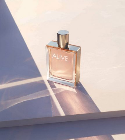 Чого хоче жінка: аромат безмежного щастя та свободи BOSS ALIVE-430x480
