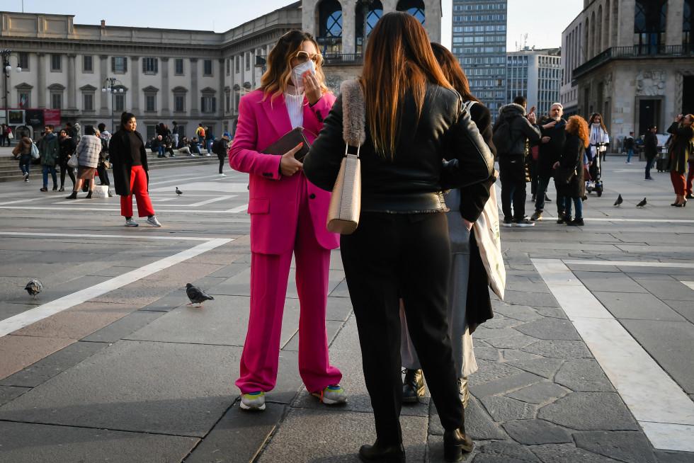 Маска для лица: эволюция от средства защиты до модного аксессуара-Фото 3
