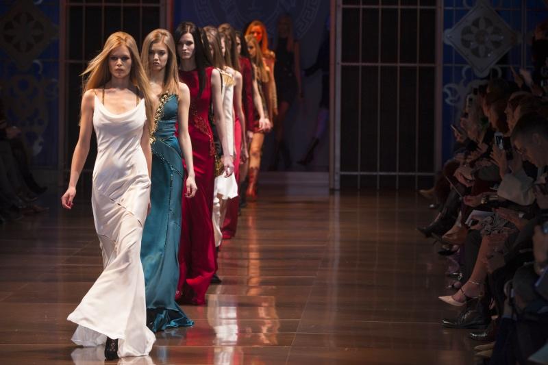 Свободная одежда: право носить то, что хочется, как главное достижение современной моды-Фото 1