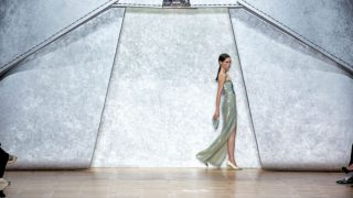 Covid-19: как коронавирус повлияет на модную индустрию?-320x180