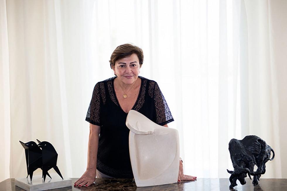 Женщины из мира искусства: Моуна Атасси-Фото 2