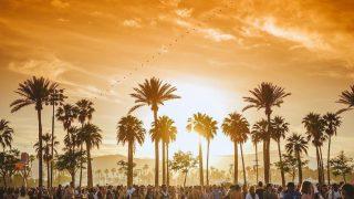 Музыкальный фестиваль Coachella могут перенести из-за коронавируса-320x180