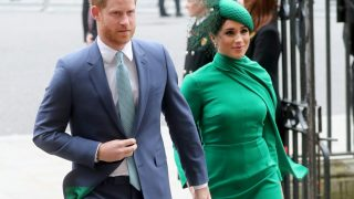 Меган Маркл и принц Гарри назвали новый благотворительный фонд в честь сына-320x180