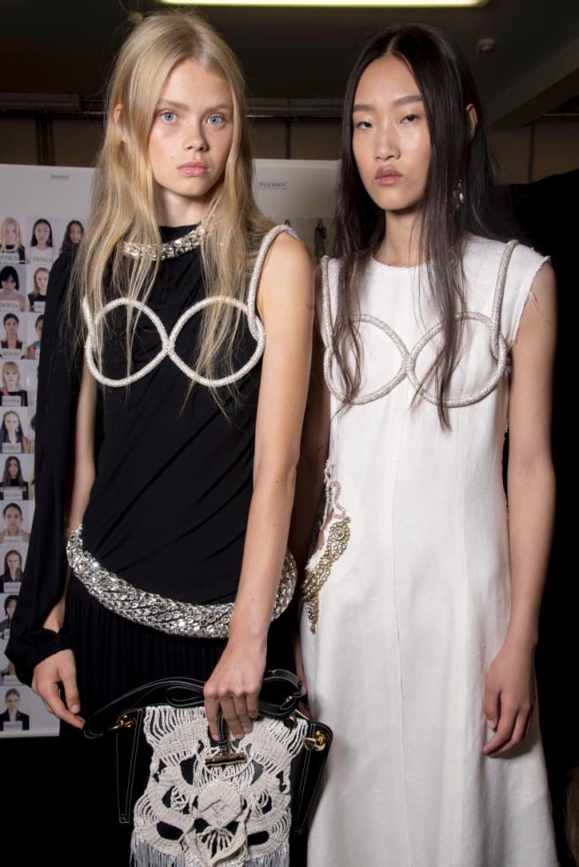Дорога перемен: Лондонская Неделя моды уходит в онлайн и станет гендерно-нейтральной-Фото 4