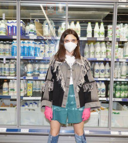 KSENIASCHNAIDER и Україна без сміття призывают украинцев правильно утилизировать маски-430x480