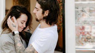 Любовь во время карантина: Надя Дорофеева и Владимир Дантес-320x180