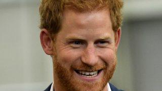 Принц Гарри представил первый благотворительный проект после лишения королевских полномочий-320x180