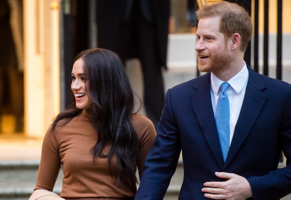 Принц Гарри отказался от использования своей фамилии в новых документах-Фото 1