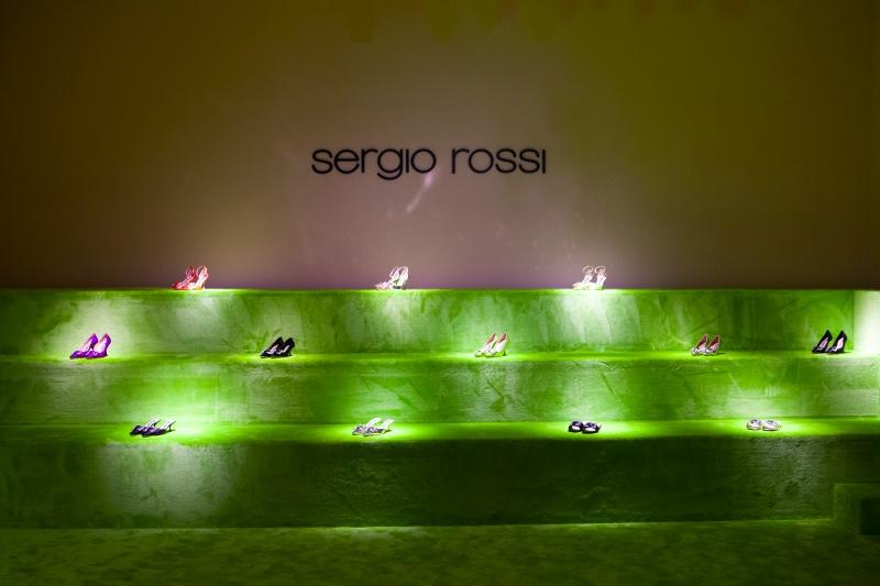 В Италии скончался дизайнер Серджио Росси. Предварительно – от коронавируса-Фото 4