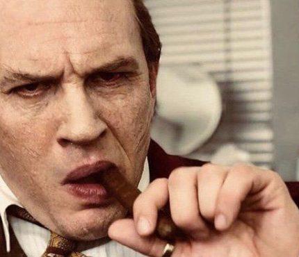 В Сети появился трейлер фильма «Капоне» с Томом Харди в главной роли-430x480