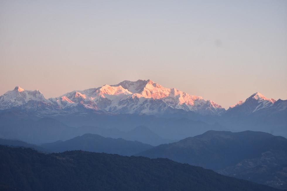 Жители Индии впервые за 30 лет увидели Гималаи. Все благодаря карантину-Фото 1