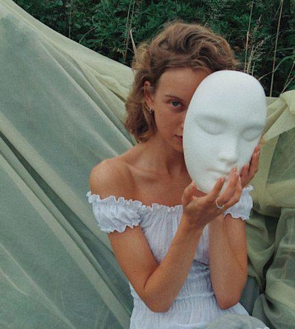 Beauty-рутина на карантине: как украинки поддерживают красоту-430x480