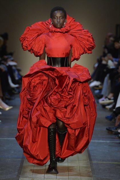 Не скучайте: как модные Дома помогают нам побороть хандру в карантине-Фото 6