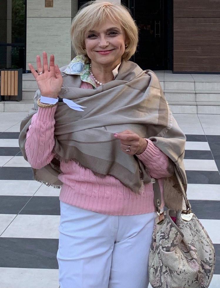 Irina Filippova Marie Claire stayathome 2