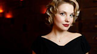 Елизавета Топух о начале карьеры, отношении к красоте и мечтах-320x180