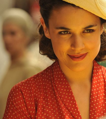 Жгучие страсти: 13 лучших испанских сериалов, которые стоит посмотреть каждому-430x480