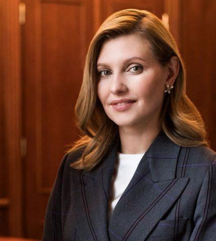 Елена Зеленская заразилась коронавирусом и призывает не терять бдительность-430x480