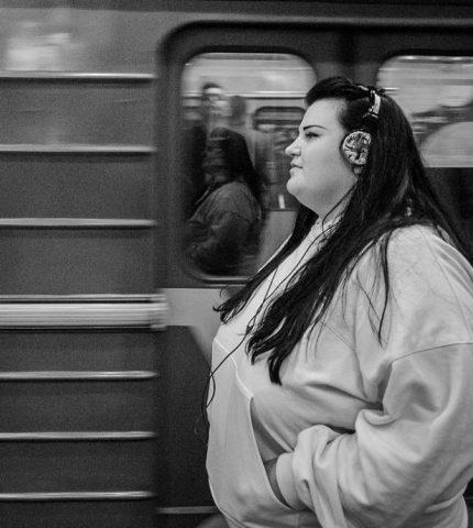 alyona alyona представила новий трек «Пам'ятаю»-430x480