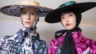 Дело в шляпе: самые модные головные уборы этого лета-320x180