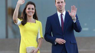 За какой наряд принц Уильям дразнил Кейт Миддлтон?-320x180