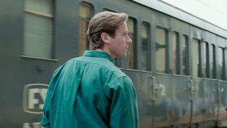 Стиль Арми Хаммера в фильме «Назови меня своим именем»-320x180