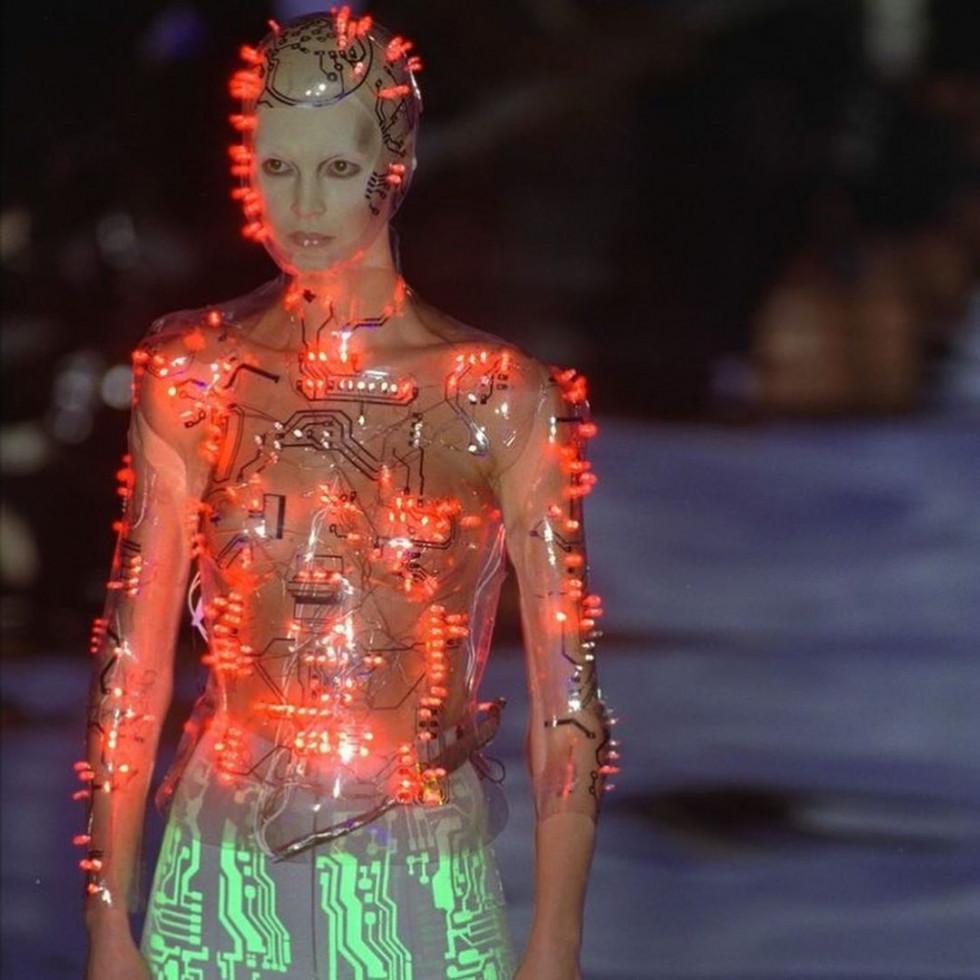 В активном поиске: история модного Дома Givenchy-Фото 6