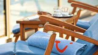 Что делать с отпуском в 2020 году: отдых по новым правилам на привычных курортах-320x180