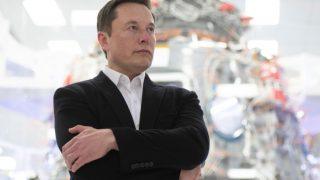 Илон Маск заявил, что Граймс играет «значительно большую роль» в воспитании сына-320x180