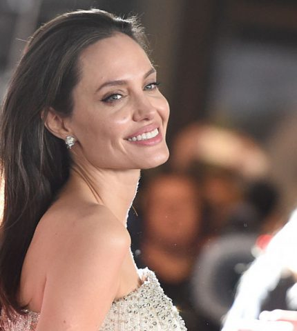 Анджелина Джоли высказалась о расширении прав и возможностей женщин-430x480