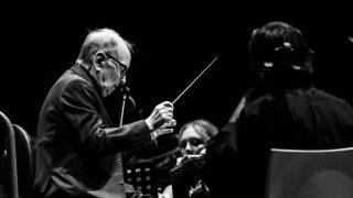Умер итальянский композитор Эннио Морриконе-320x180