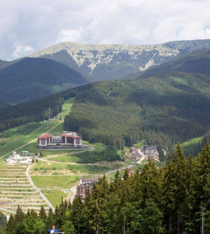 Лучший летний отдых в Radisson Blu Resort, Буковель-430x480