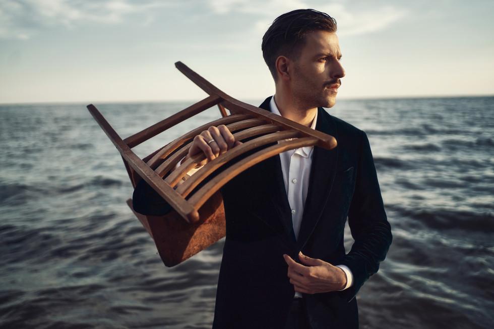 Мужчина говорит: Антон Семчишин, специалист по коммуникациям-Фото 1