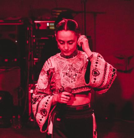 Alina Pash випустила новий кліп на пісню N.U.M. (Nobody understand me)-430x480
