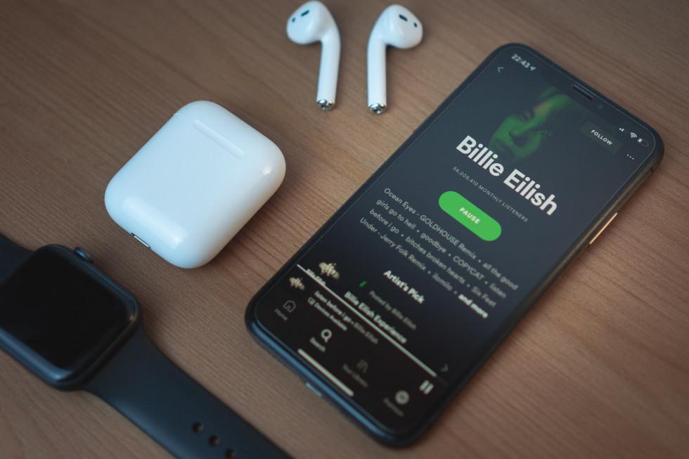 В Украине официально запустился музыкальный стриминг Spotify-Фото 1