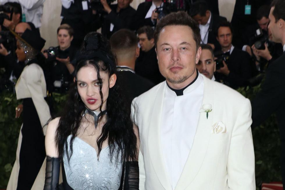 Илон Маск заявил, что Граймс играет «значительно большую роль» в воспитании сына-Фото 1
