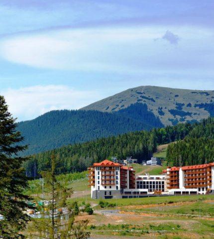 Идеальное место для летнего отдыха: отель Radisson Blu Resort, Буковель-430x480