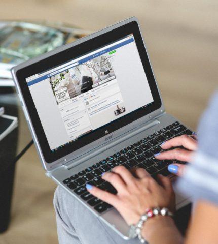 Крупнейшие мировые компании бойкотируют Facebook из-за расизма и дезинформации-430x480