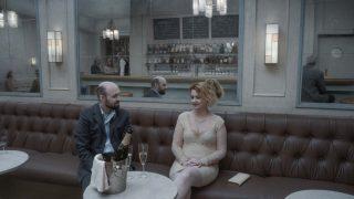 Трогательно, смешно, трагично: что нужно знать о новом фильме Роя Андерссона «О бесконечности»-320x180