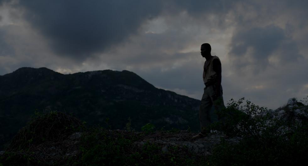 5 причин посмотреть фильм Бертрана Бонелло «Малышка зомби»-Фото 2