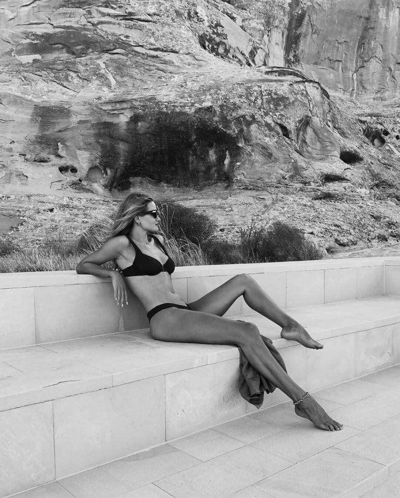 Королева чувственности: Рози Хантингтон-Уайтли показала любимые летние тренды-Фото 2