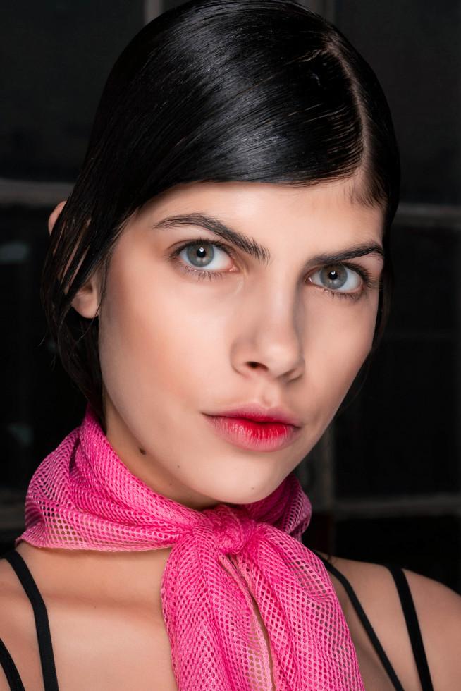 Beauty-тренды: 10 модных приемов макияжа на осень 2020-Фото 4