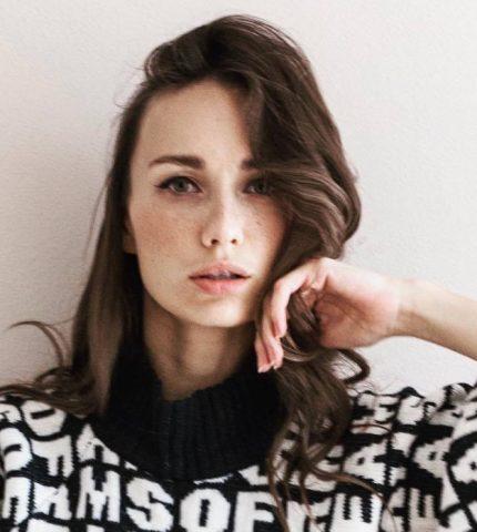Женщина говорит: актриса Виктория Варлей-430x480