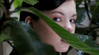 Парижские джунгли: новая съемка Marie Claire Ukraine-320x180