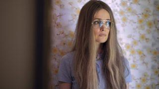 """Ролевые модели: Как создать образ Глории Стайнем из сериала """"Миссис Америка""""-320x180"""