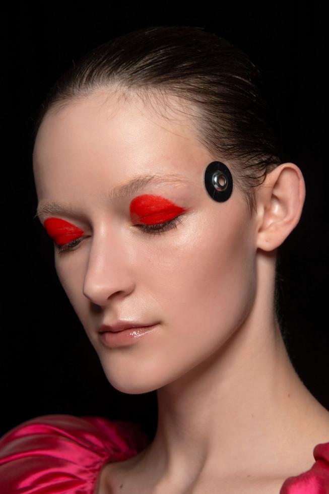 Beauty-тренды: 10 модных приемов макияжа на осень 2020-Фото 3