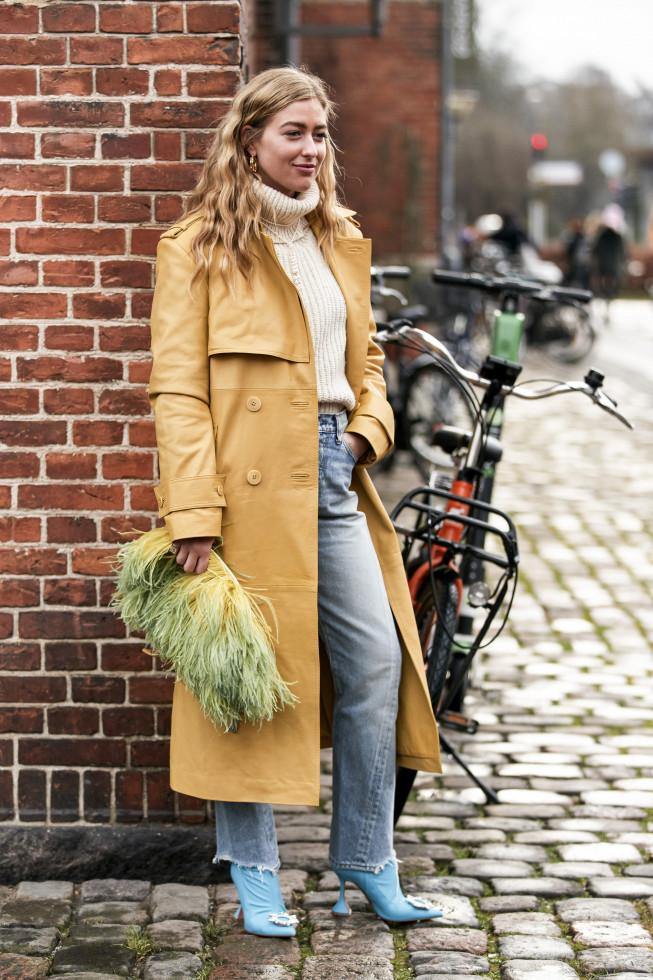 Деним-десант: Где купить 7 актуальных моделей джинсов на осень 2020-Фото 1