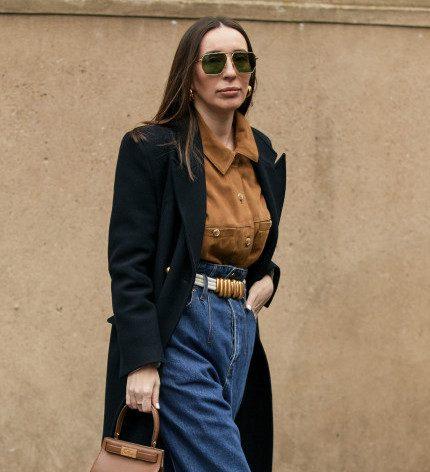 Деним-десант: Где купить 7 актуальных моделей джинсов на осень 2020-430x480
