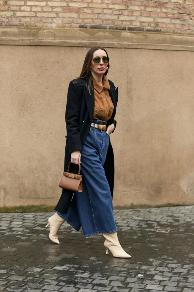 Деним-десант: Где купить 7 актуальных моделей джинсов на осень 2020-Фото 2