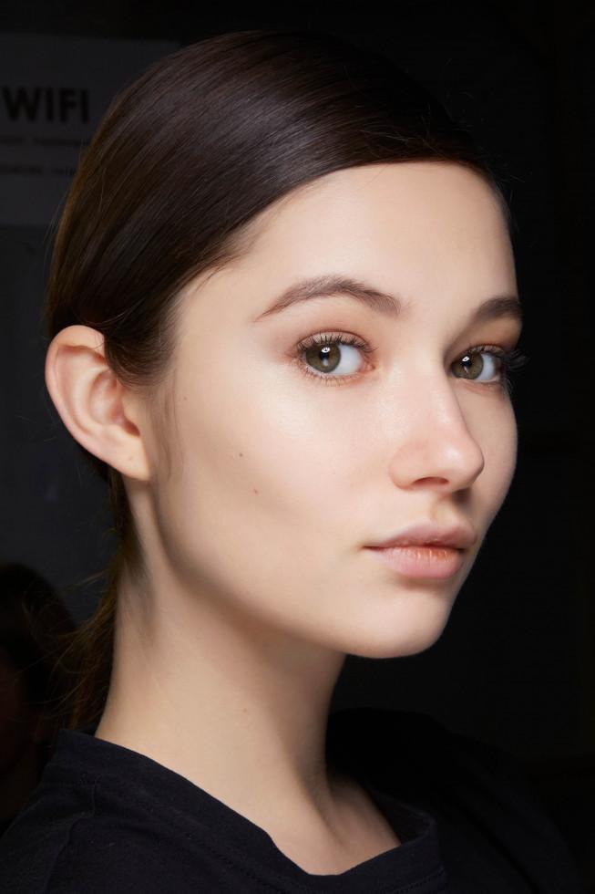Beauty-тренды: 10 модных приемов макияжа на осень 2020-Фото 10