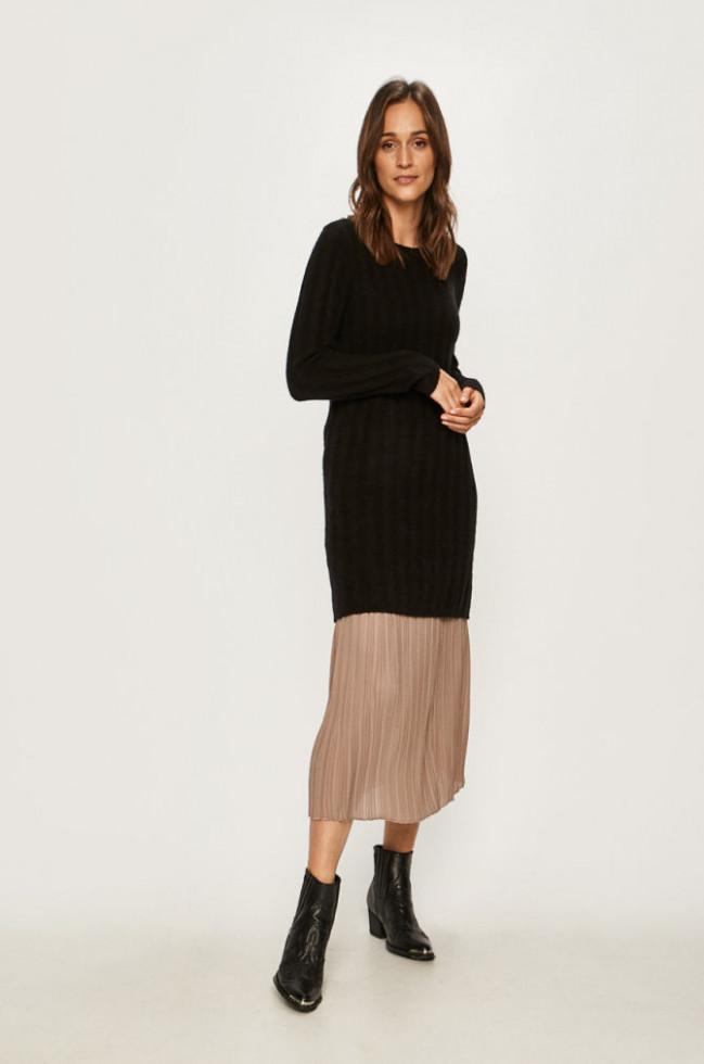 К холодам готовы: 7 стильных платьев, в которых не замерзнешь-Фото 5